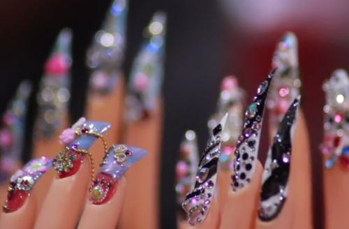 Bling acrylic nails